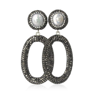 Sarah Lou nr 11 Black Oval Pearls