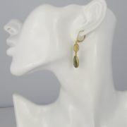 La Lacey 102 - Labradorite Earrings Double model