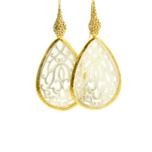 Lilly Jewelry - Shelldrop Earrings