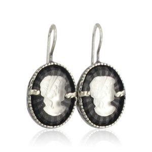 Gem Kingdom - Vintage Glass Cameo Earrings E19a34a