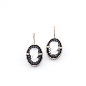 Gem Kingdom - Vintage Glasss Cameo Earrings E19a34a