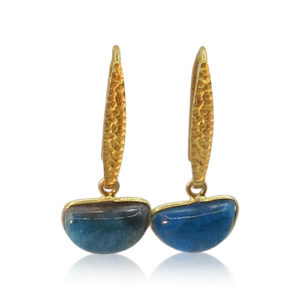 Callysta's Findings - Earrings Half Moon Apatite