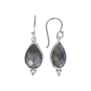 Coby van den Bor - Earrings Labradorite 885