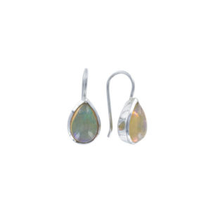 Coby van den Bor - Earrings Opal 769