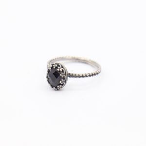 Gem Kingdom - Lizzy Ring Black Spinel Z1