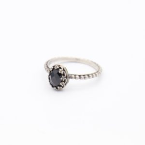 Gem Kingdom - Lizzy Ring Black Spinel Z3